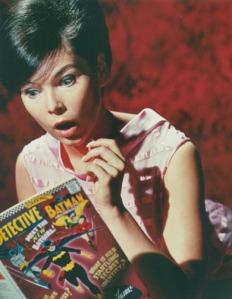 Yvonne Craig läser Batgirls debut